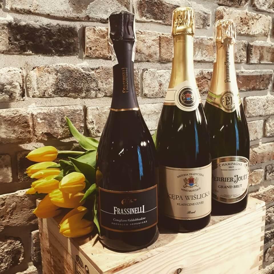 Kępa wiślicka polskie wino musujące szampan perrier jouet